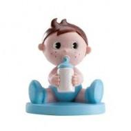 Figurine Petit Garçon en Bleu avec Biberon
